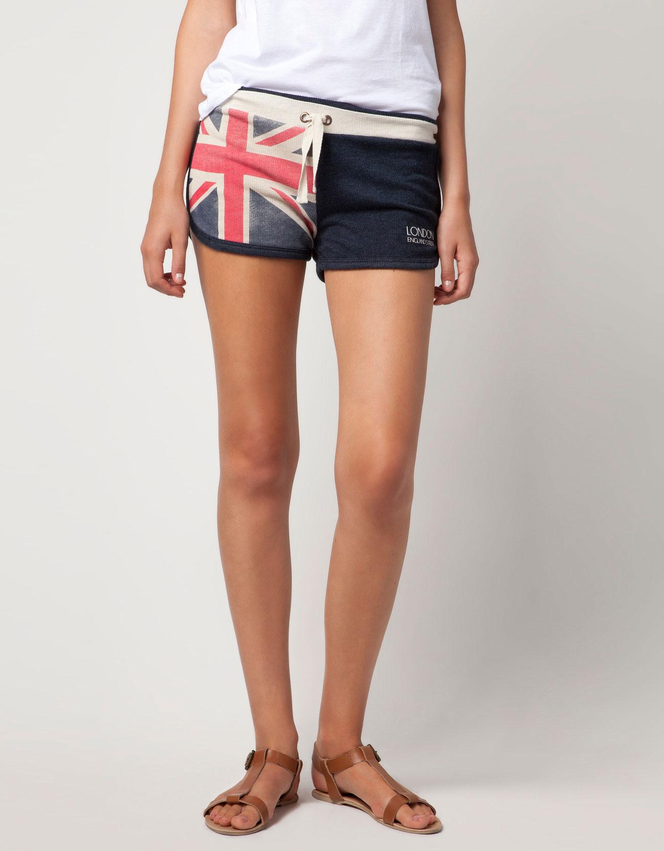 The world of fashion banderas de uk everywhere - Bershka en londres ...