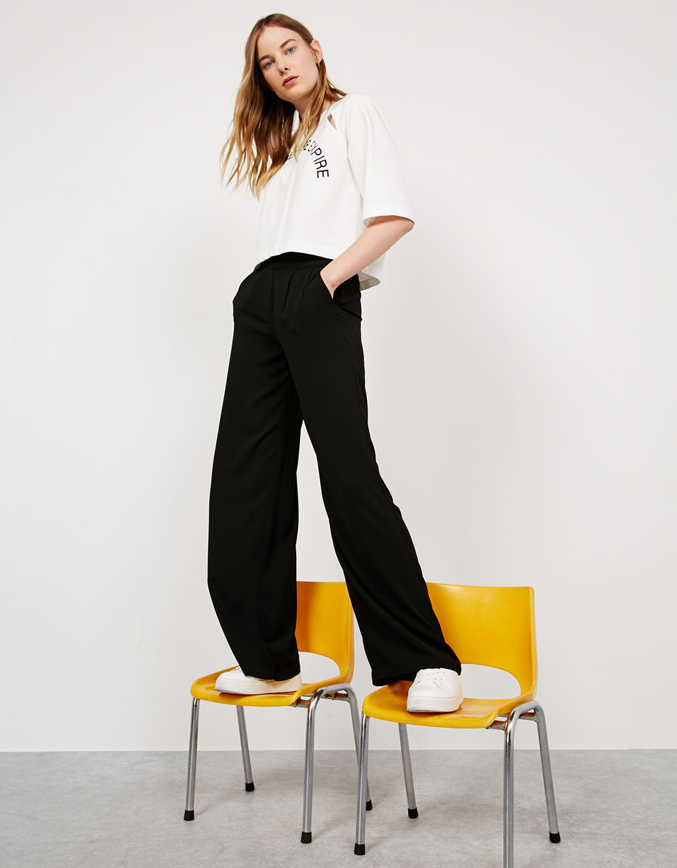Pleated wide flowy trousers