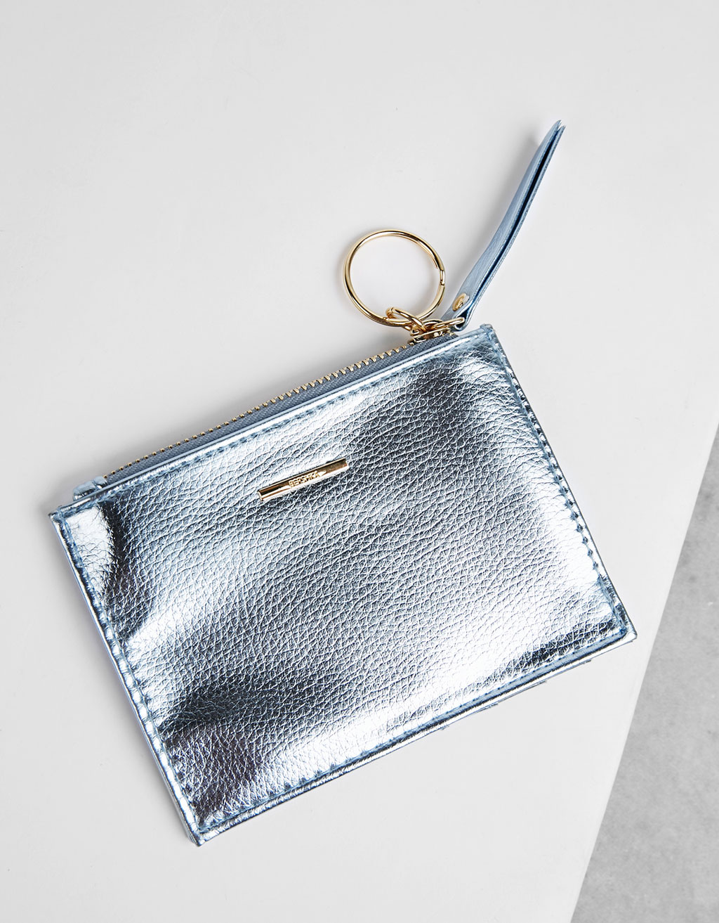Metallic card holder