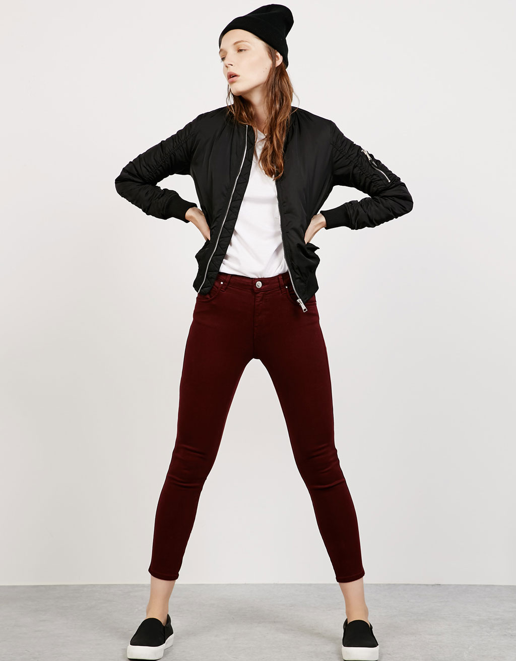 Low-rise cropped Tencel trousers
