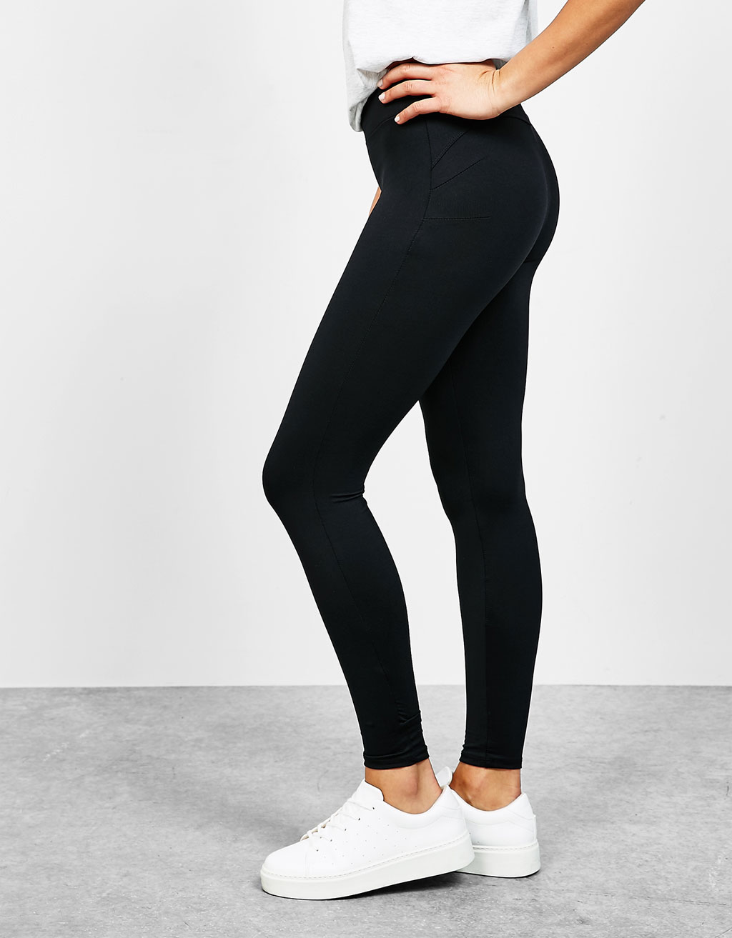 Nylon push-up leggings
