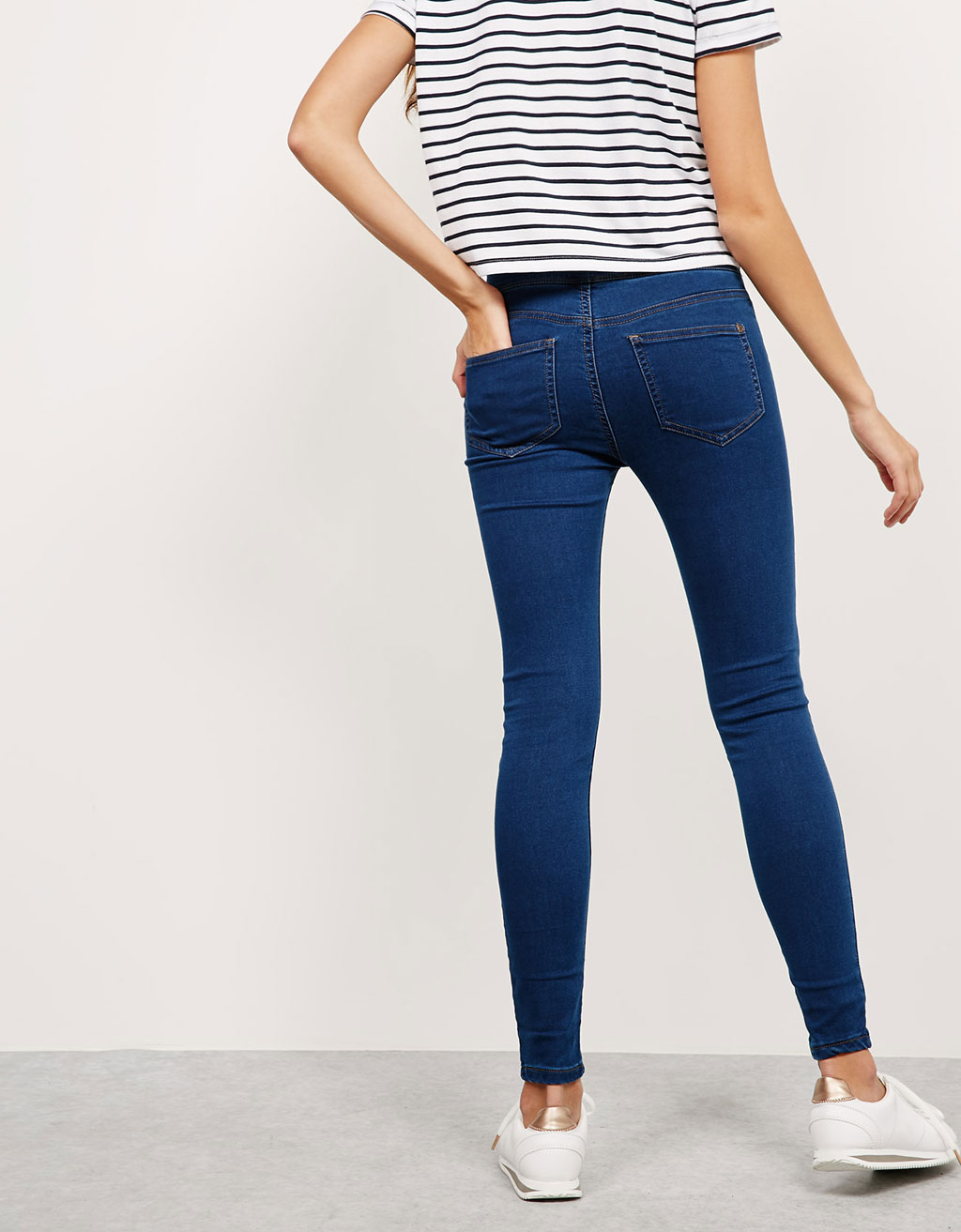 Jegging Super Skinny Tiro Medio