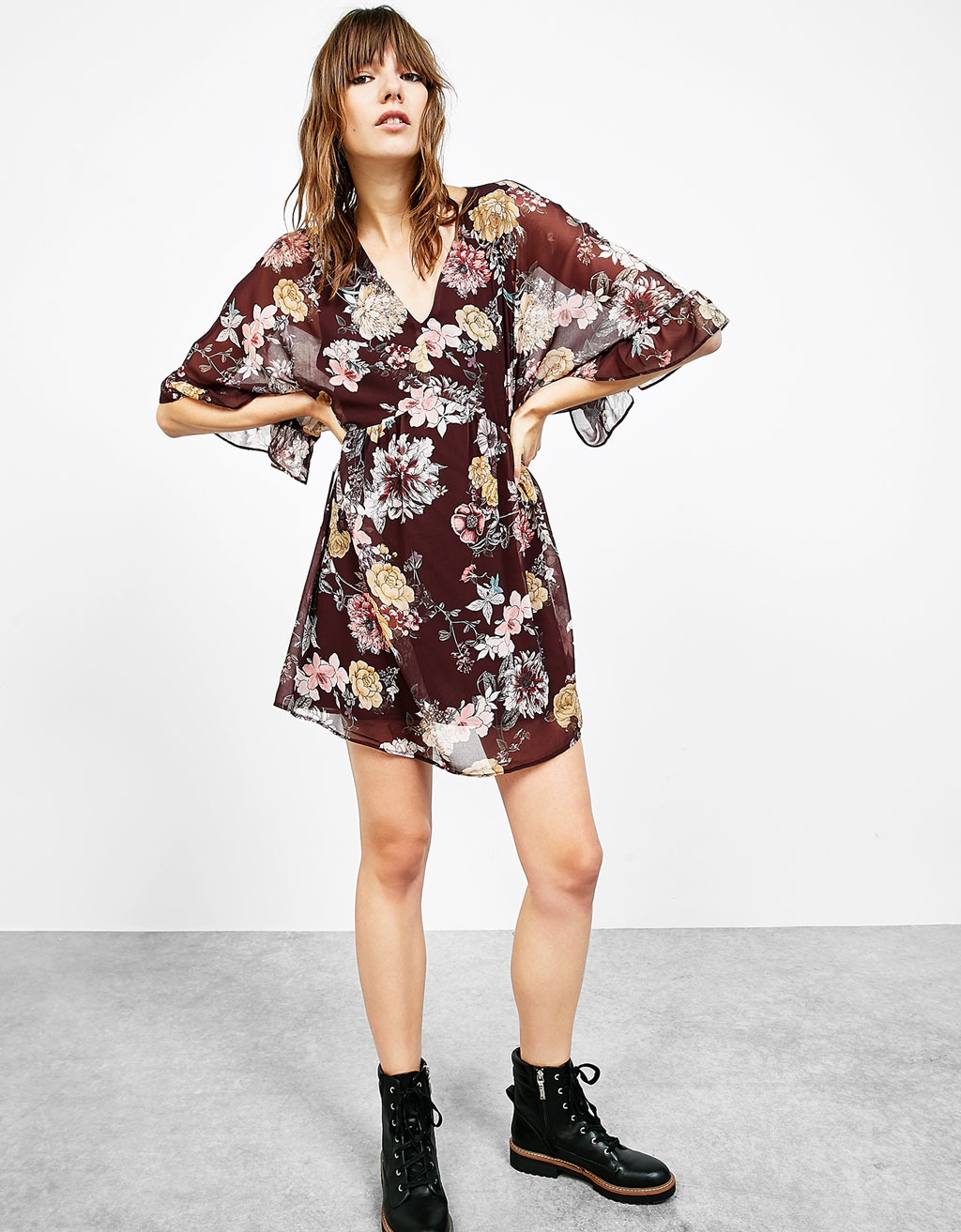 Floral print dress with 3/4 length sleeves