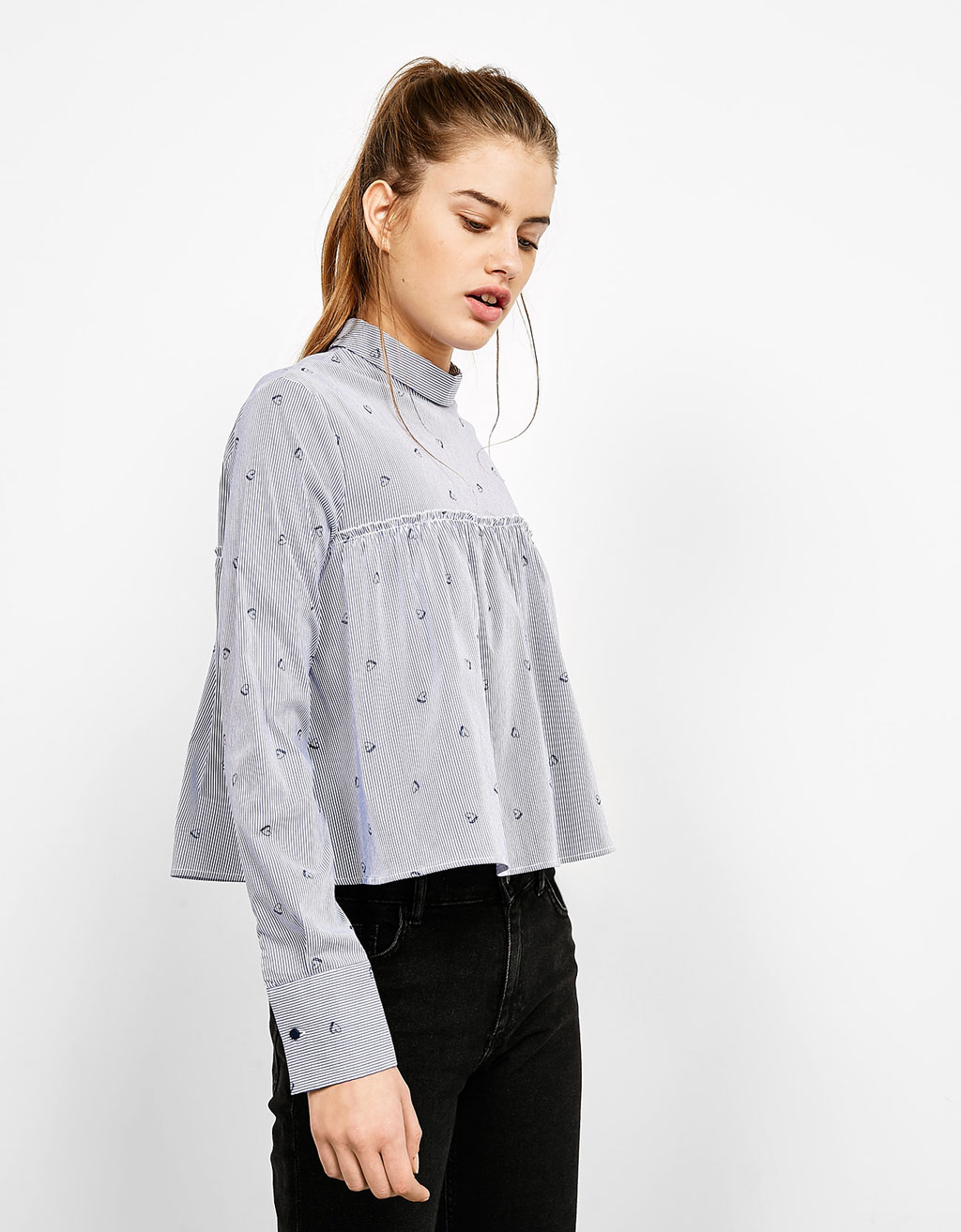 Blouse with front frill