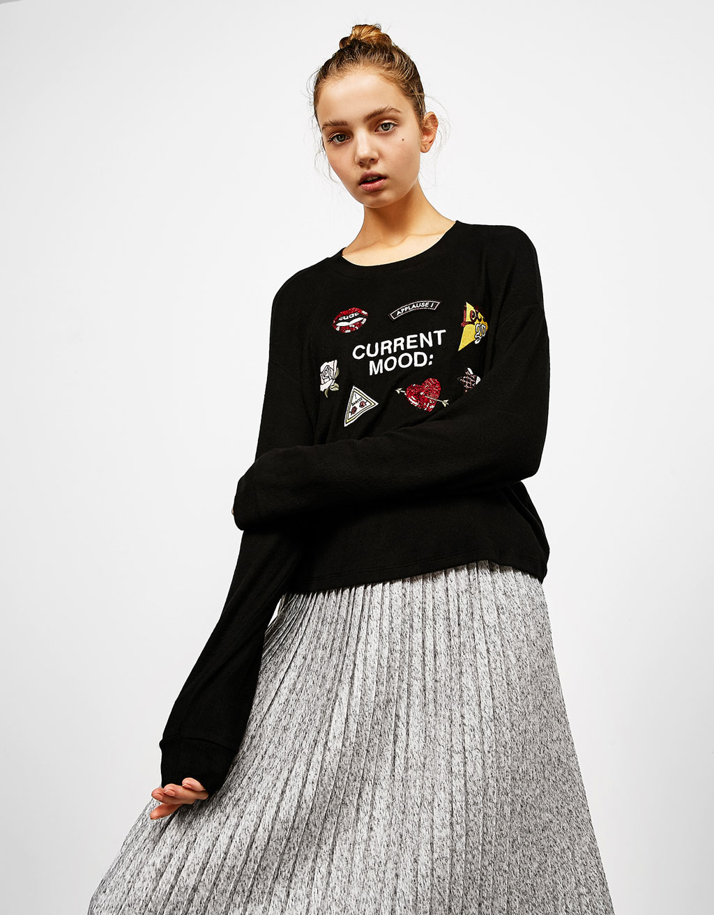 Patches appliqué sweatshirt
