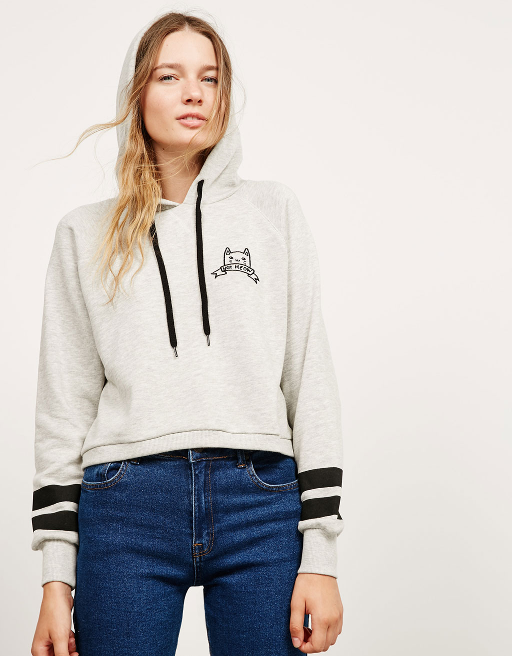 Cropped embroidered text hooded plush sweatshirt