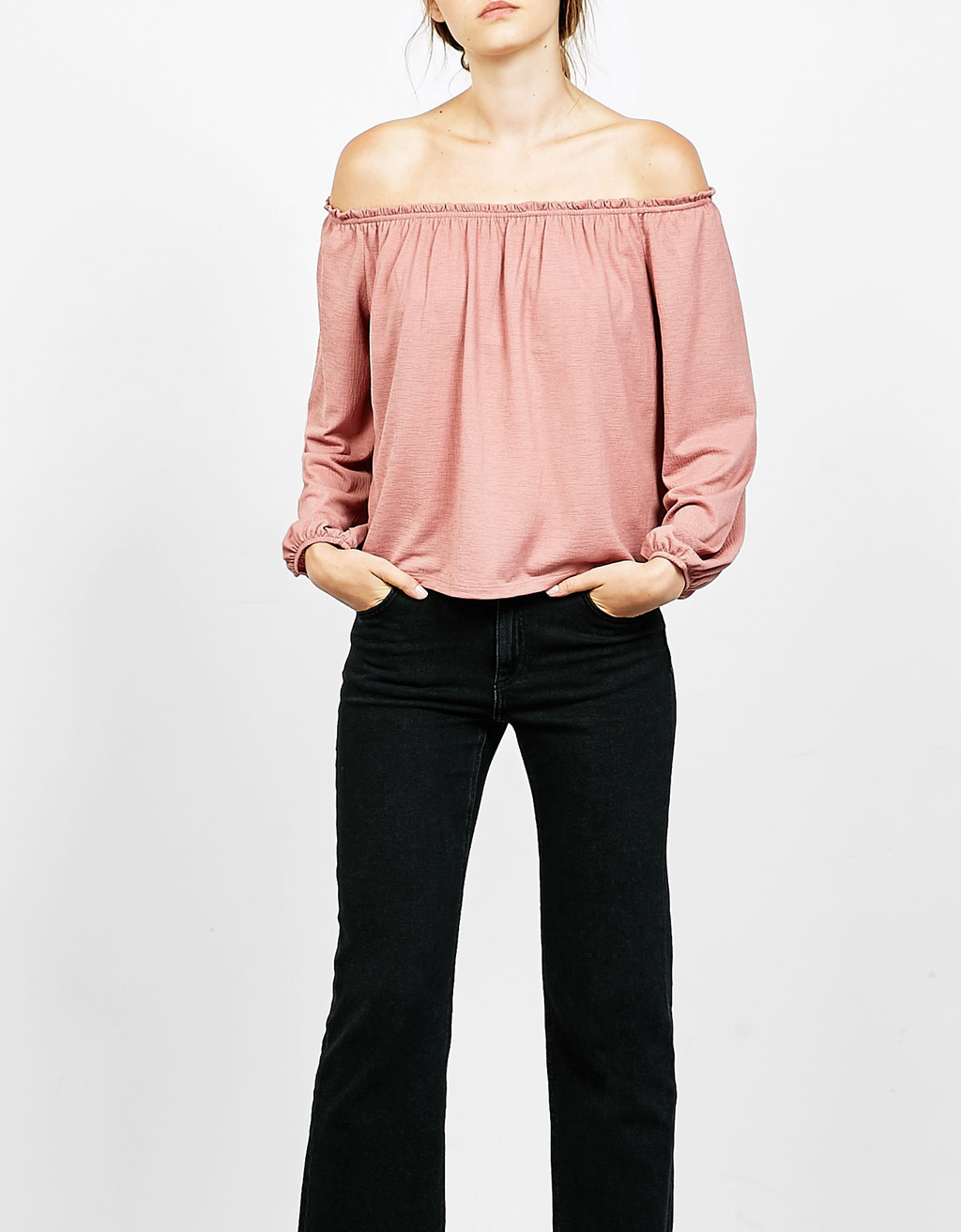 Off-the-shoulder cotton top