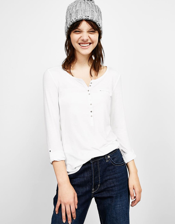 T-shirt col tunisien manches longues et poche