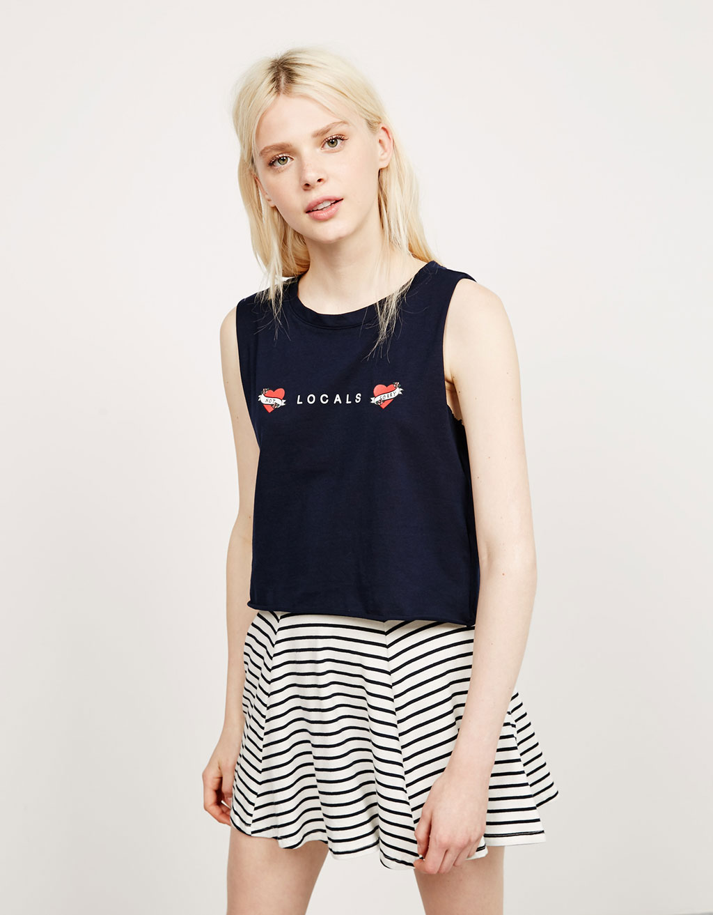 BSK sleeveless anchor/hearts top