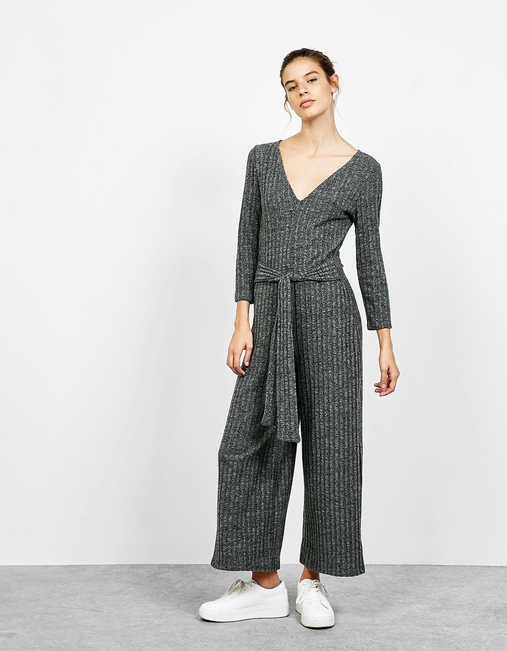 Ribbed jumpsuit with 3/4 sleeves with belt