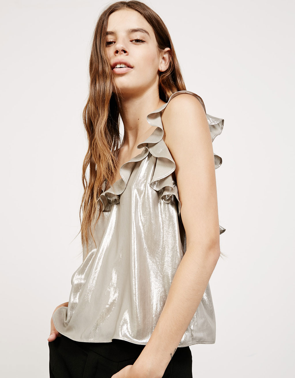 Laminated strappy top with neckline ruffle