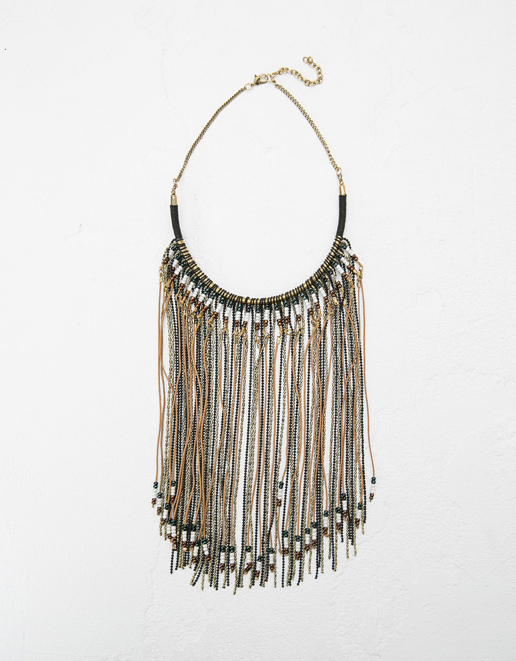 Fringe and beads necklace