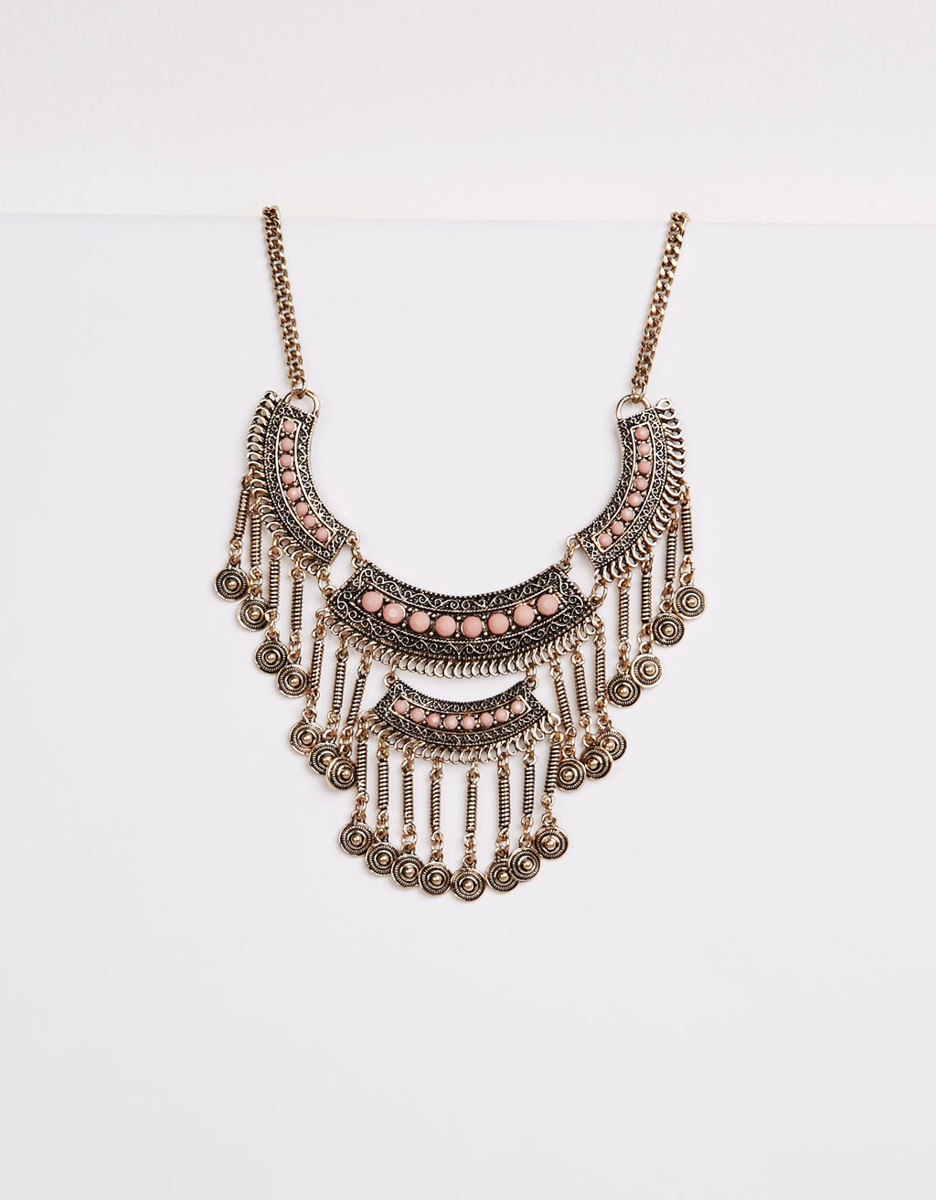 Necklace with nude enamel detail