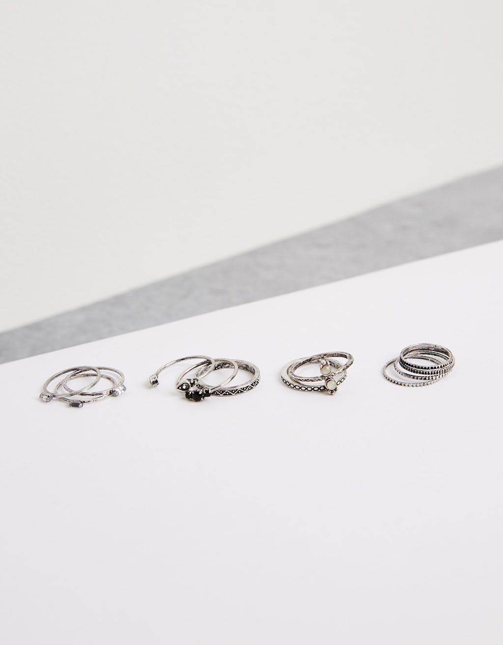 Embossed rings (set of 11)