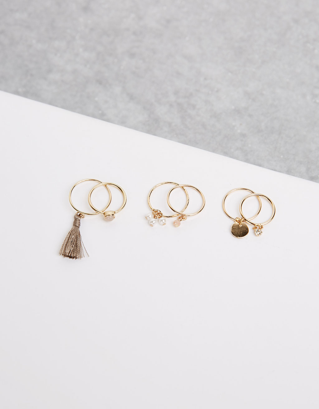 Tassle ring set