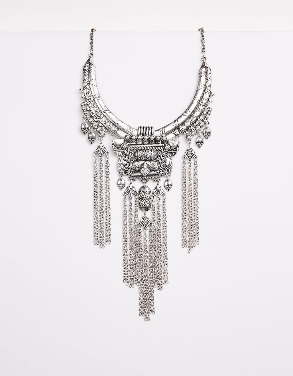 Fringed bohemian necklace