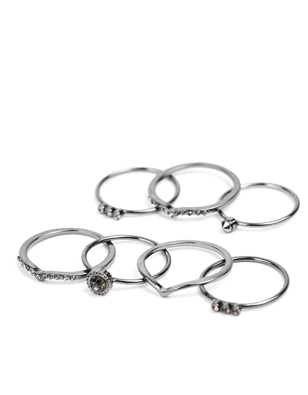 Set of 6 black rings