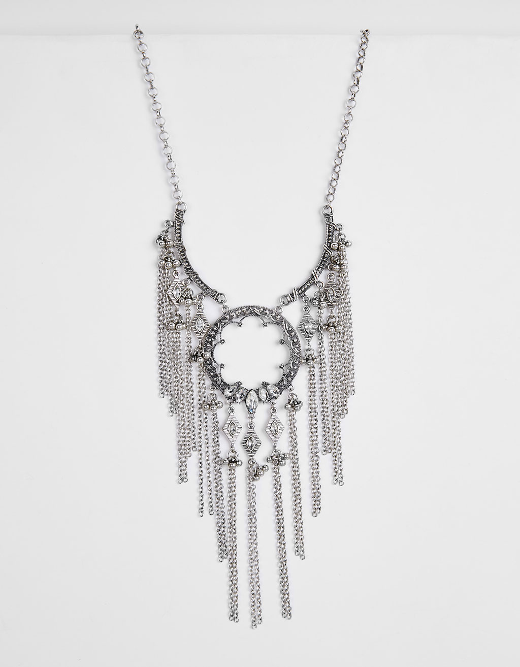Chain fringed necklace with crystal
