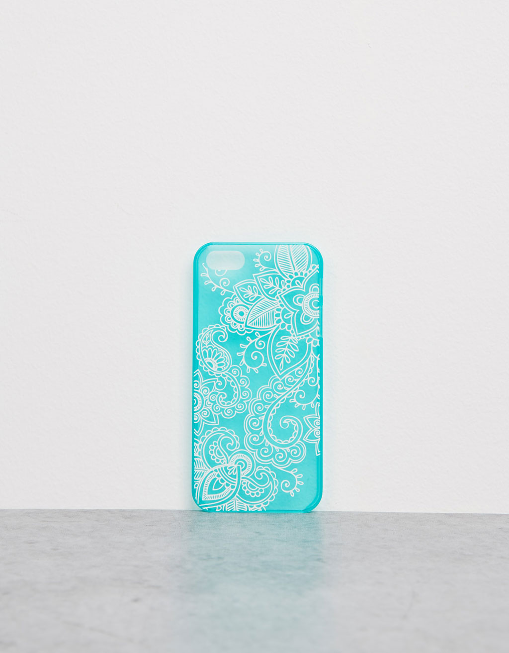 Embossed blue iPhone 5/5s case
