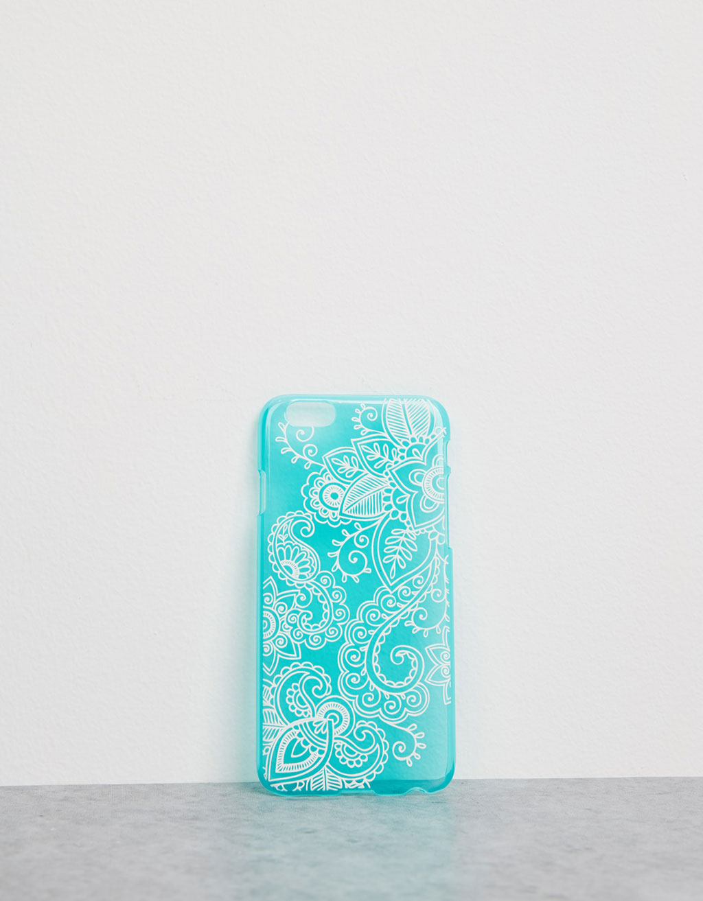 Carcasa relieve fondo azul iPhone 6/6s