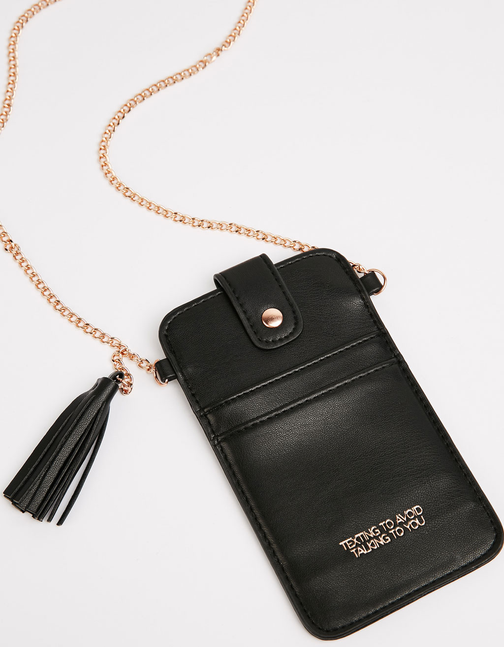 Chain case for mobile phones