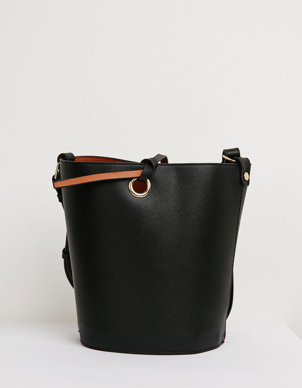 Bolso bucket bag