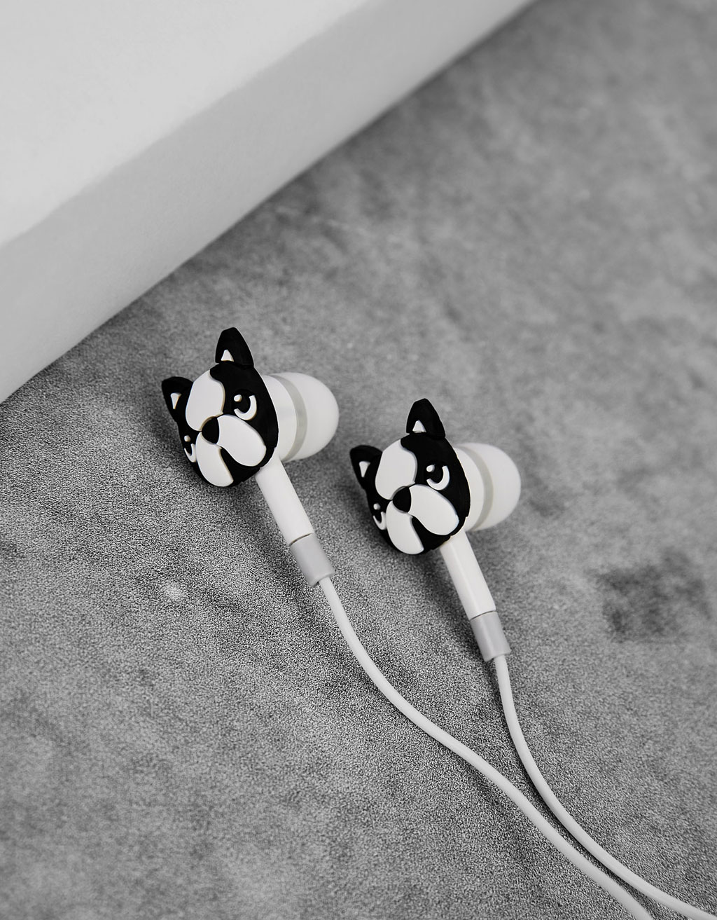 Little dogs earphones