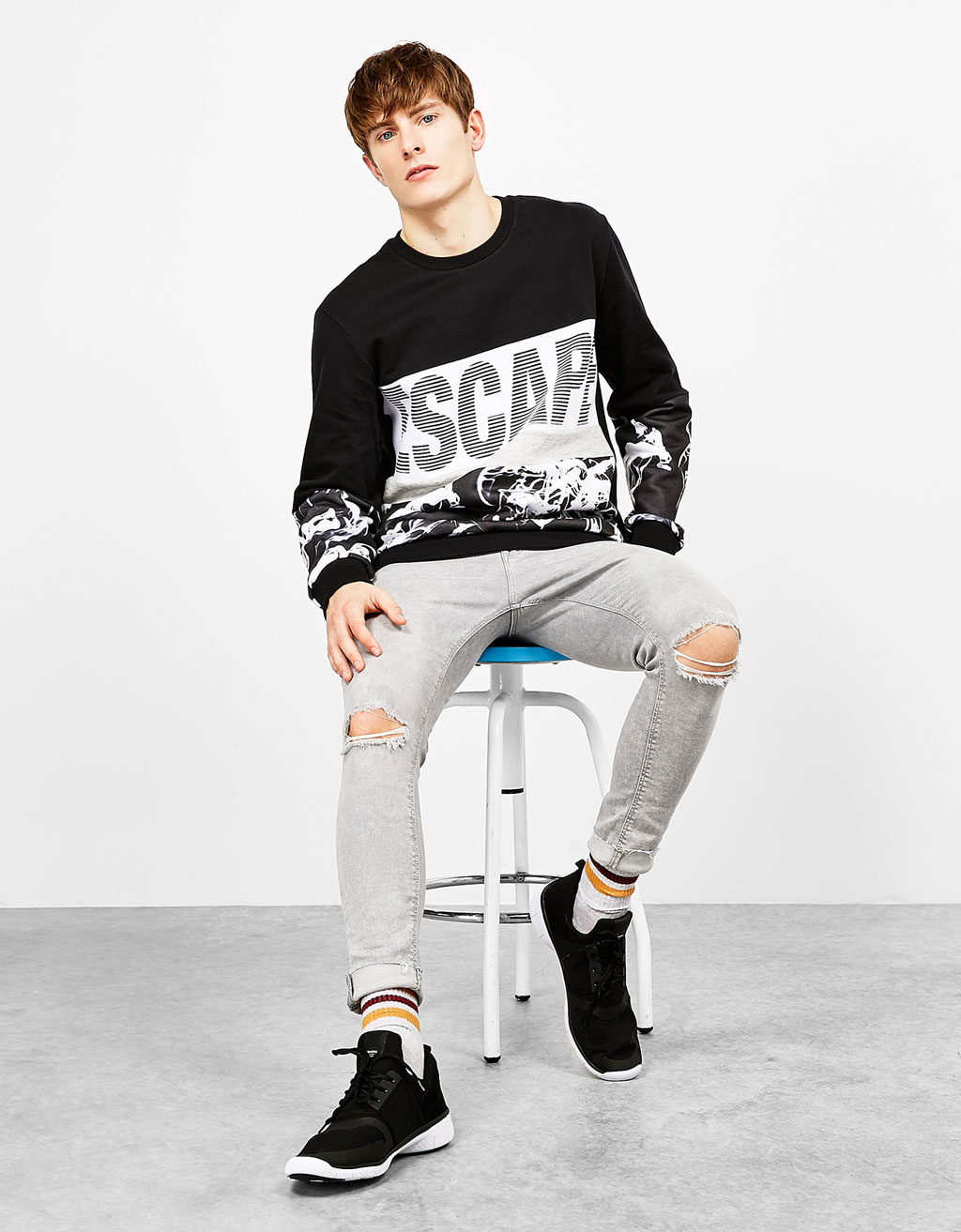 'Escape' text sweatshirt