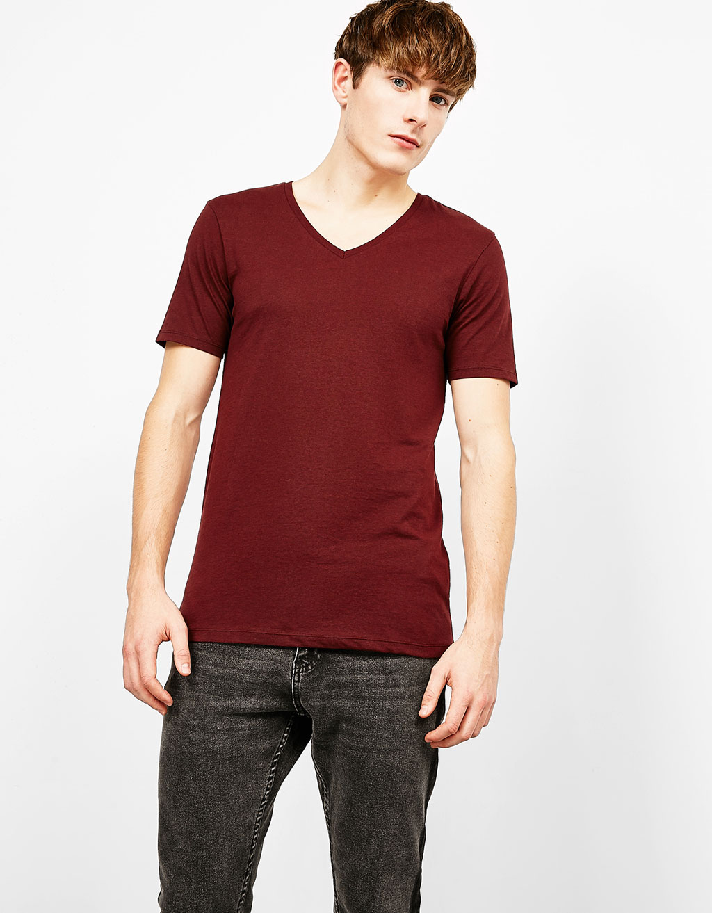 Short sleeved V-neck T-shirt