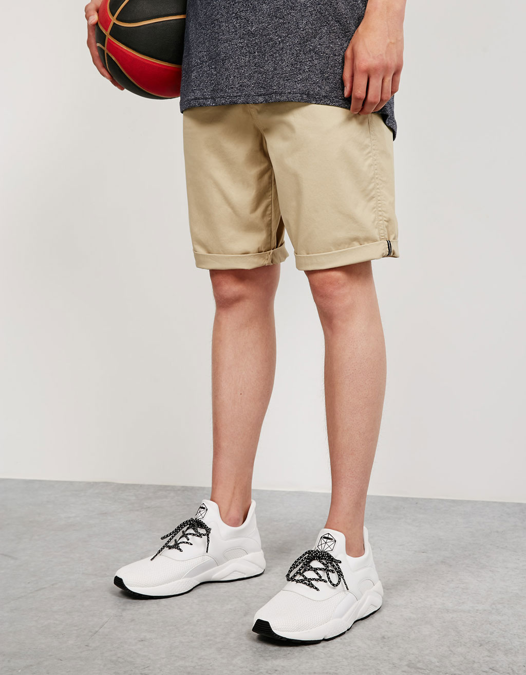 Cotton bermudas with belt