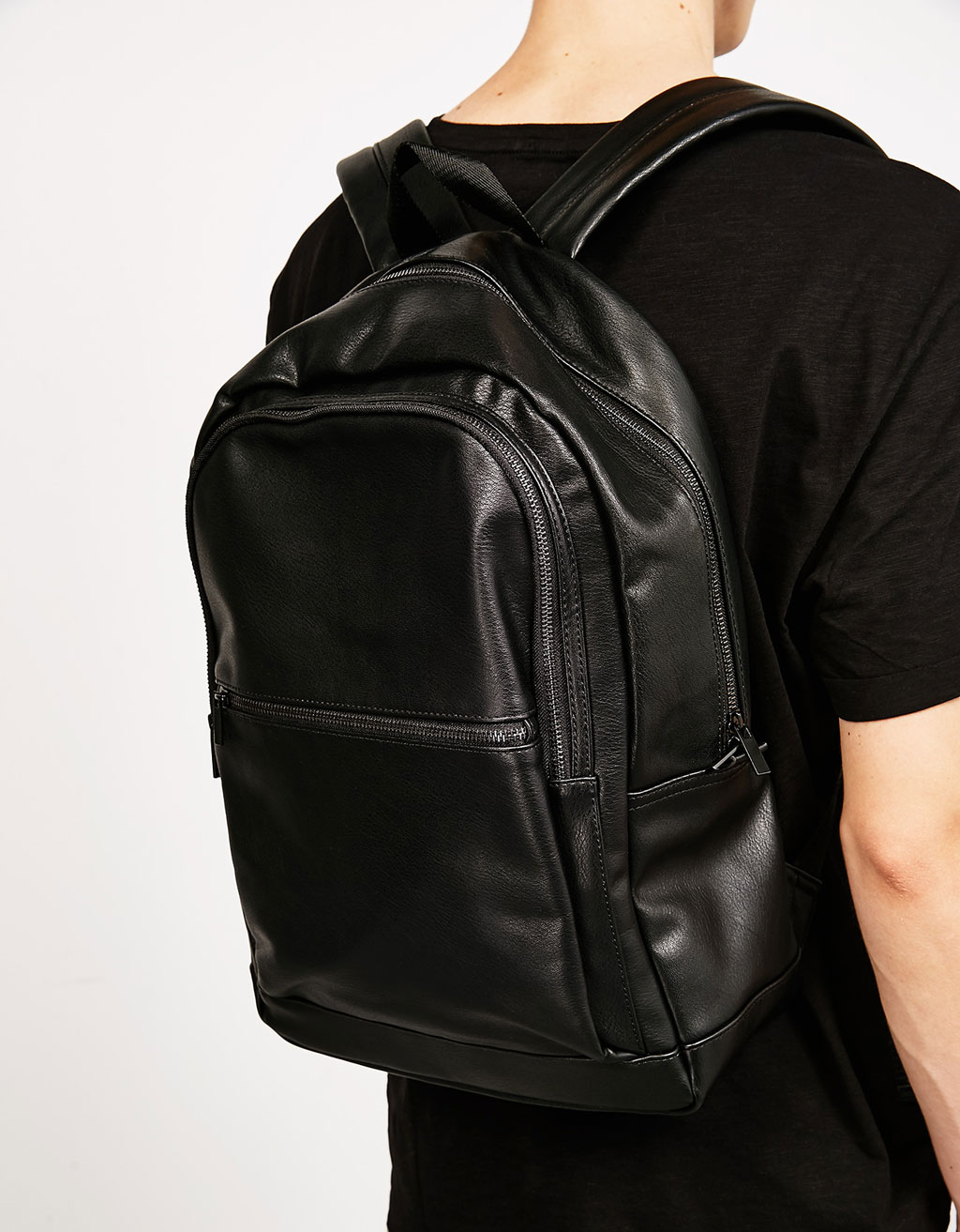 Double zipper backpack