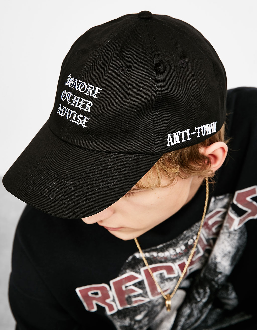 Hat embroidered with Gothic letters