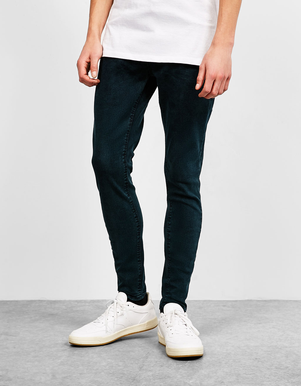 Super skinny colour jeans