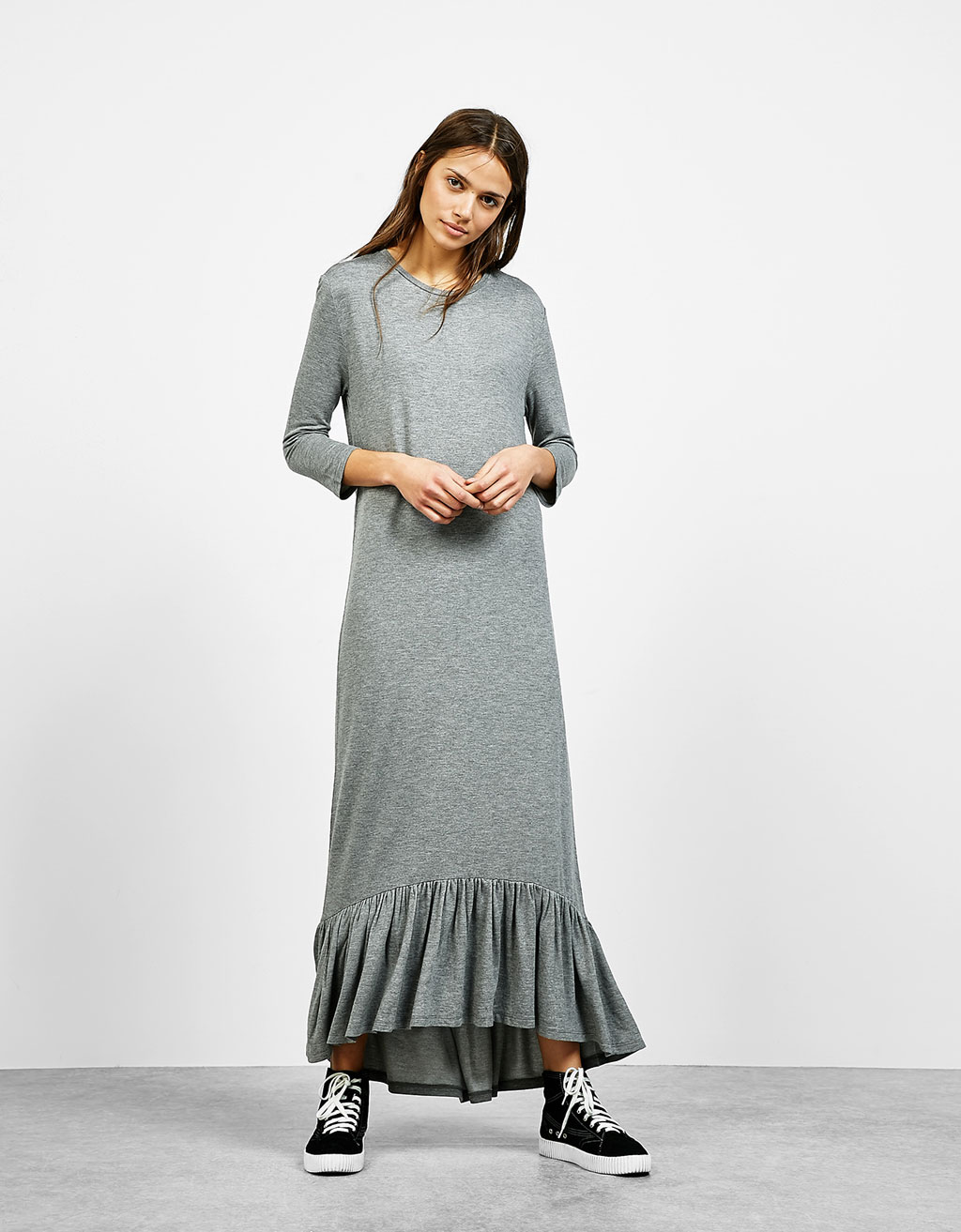 Long sleeve dress with frills on hem