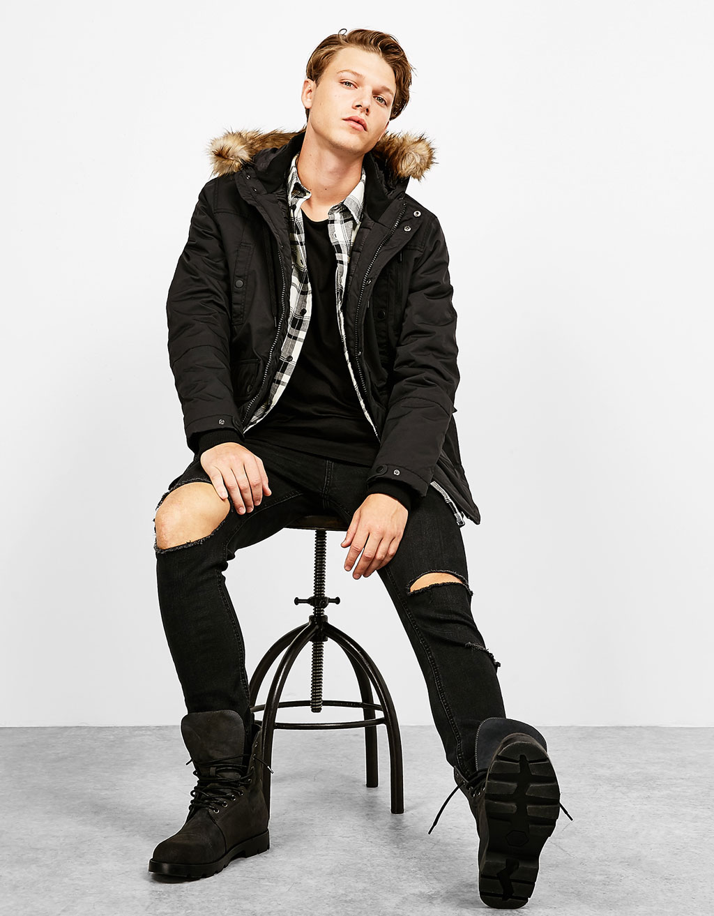 Parka-style jacket with detachable faux fur