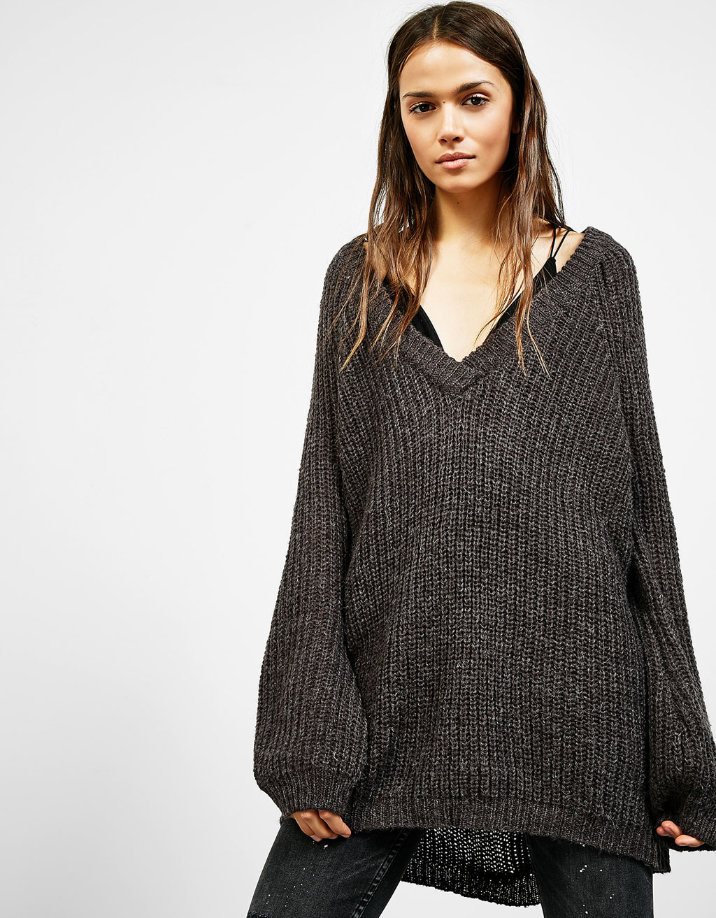Wide fit V-neck sweater