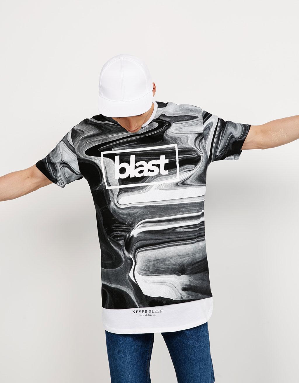 Camiseta capas Blast/Out Loud