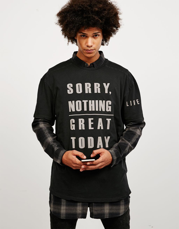 T-shirt délavé texte