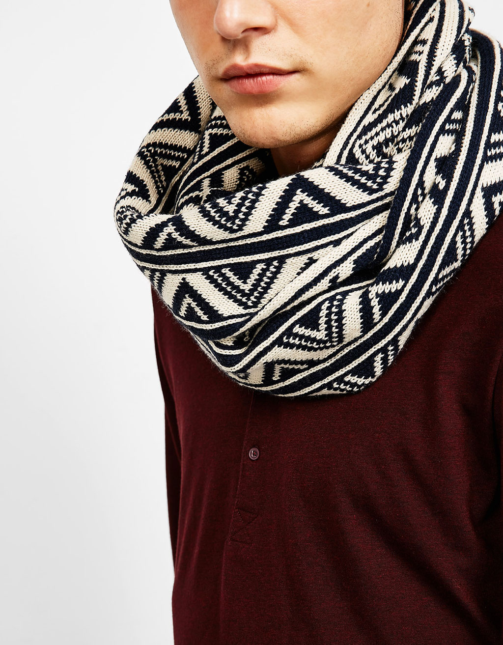 Two-tone jacquard snood