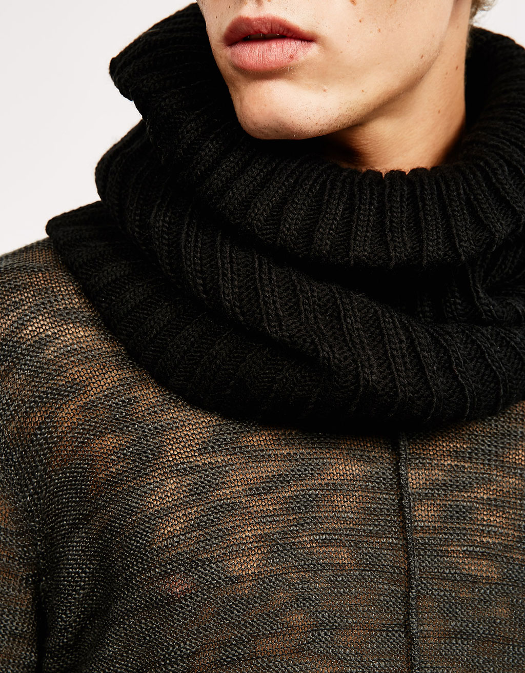 Cuello snood capucha