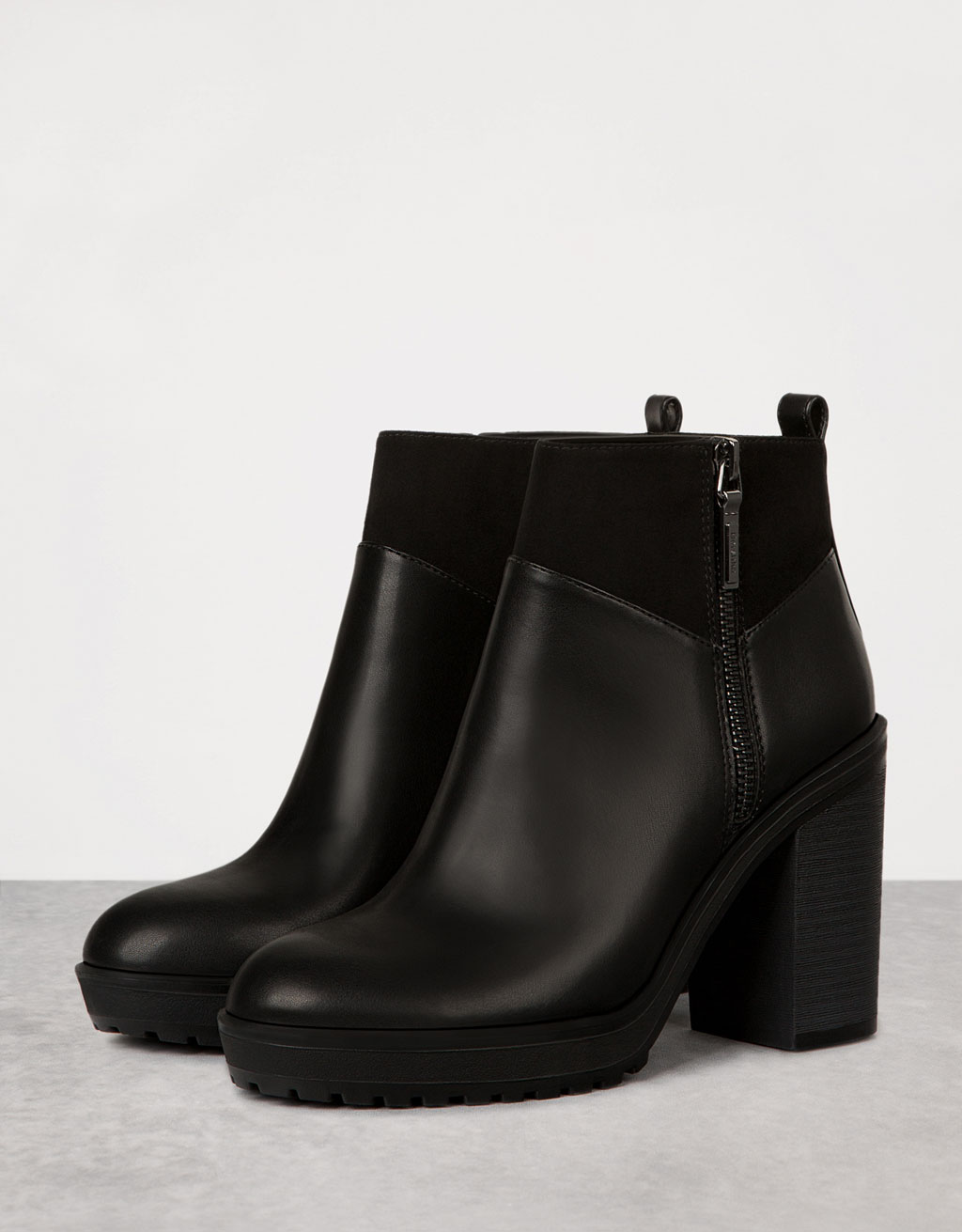 Combined wide platform heeled ankle boots