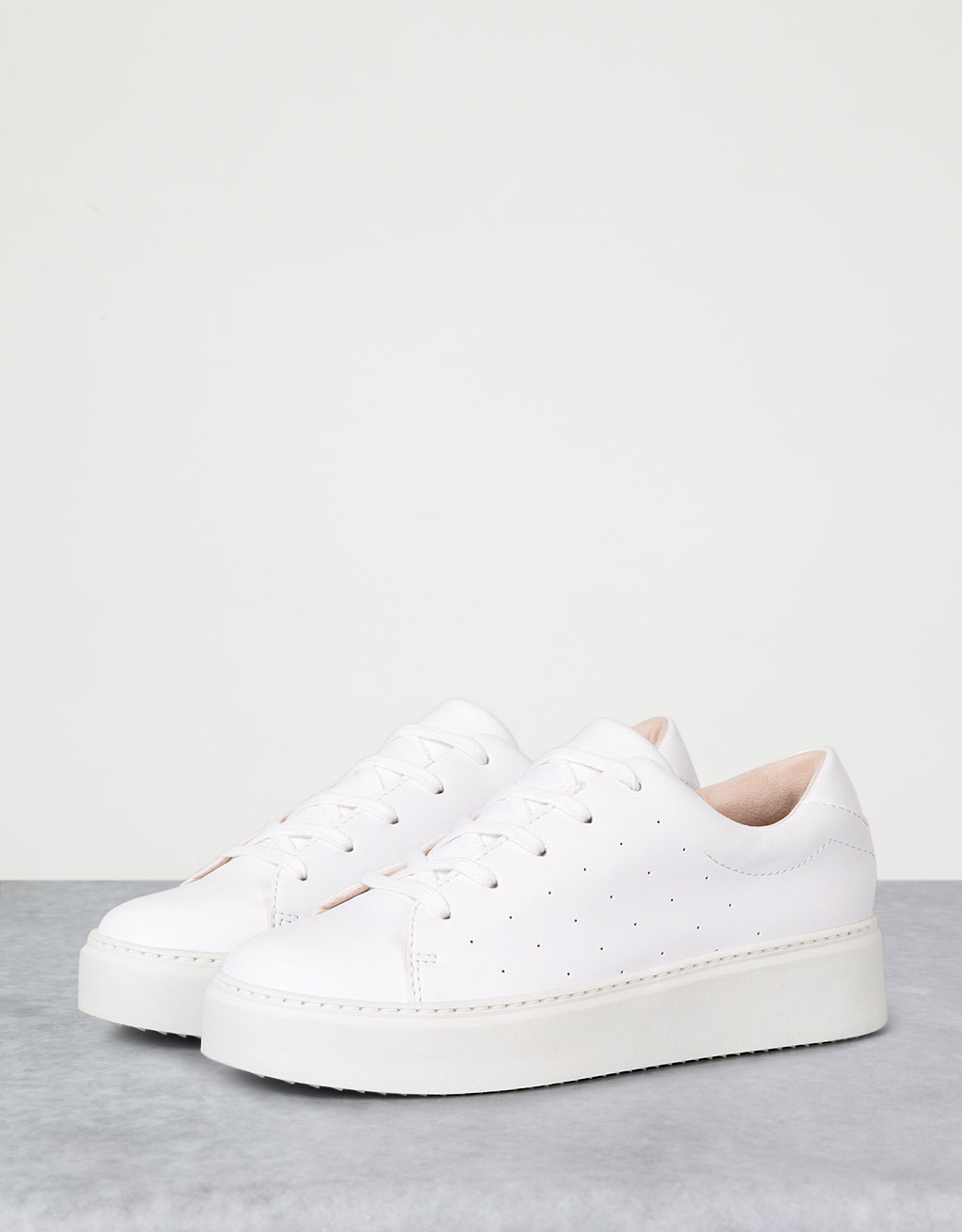 Wedge sole single-colour trainers