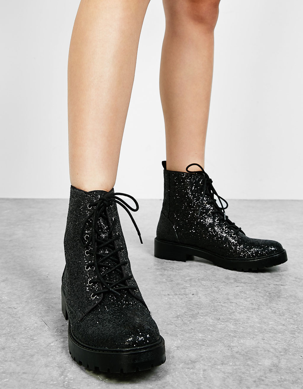 Flat lace-up sparkle ankle boots