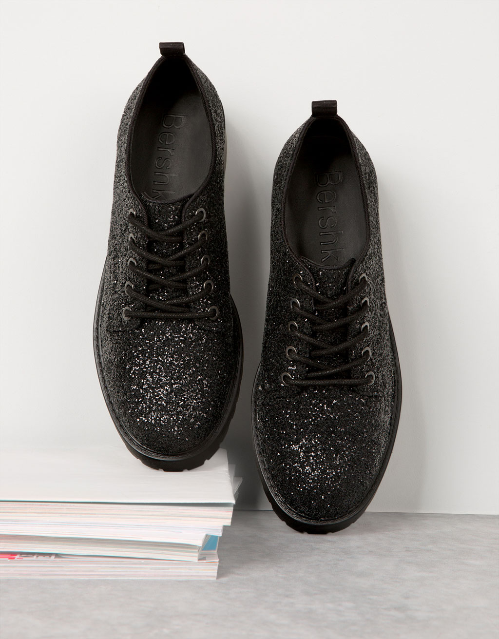 Lace-up sparkle derby shoes