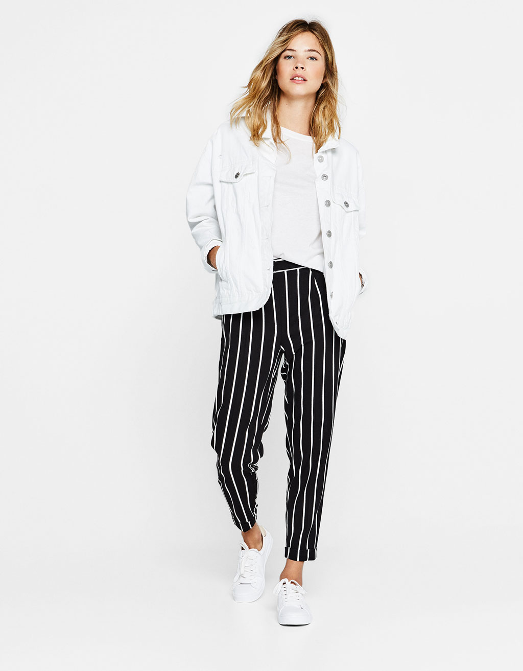 Tailored pleated jogging trousers