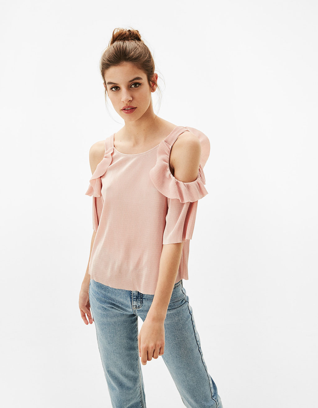 Off-the-shoulder pleated blouse