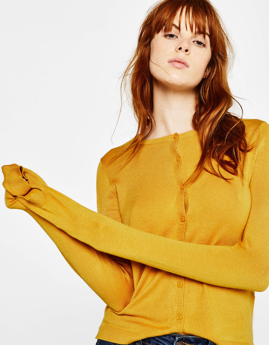 Round neck jacket with buttons