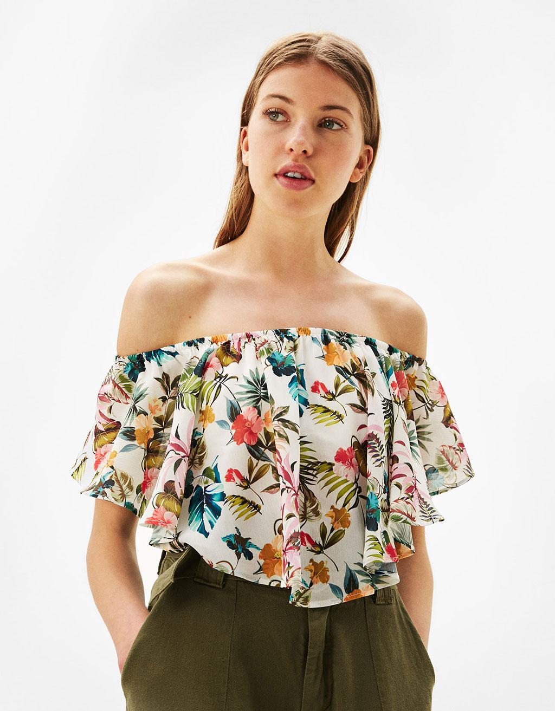 Flowing off-the-shoulder T-shirt