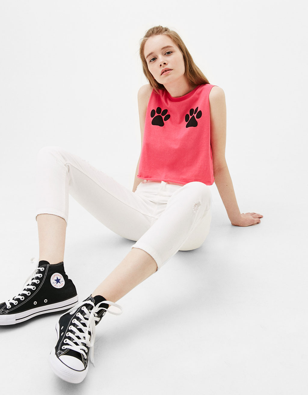 Cat paw prints T-shirt
