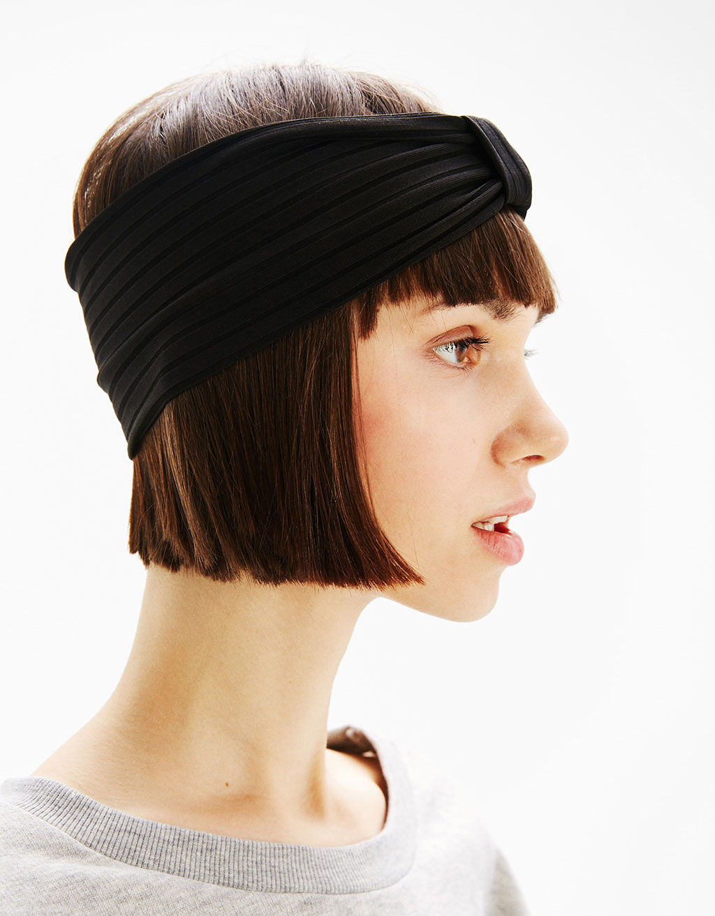 Wide ribbed headband